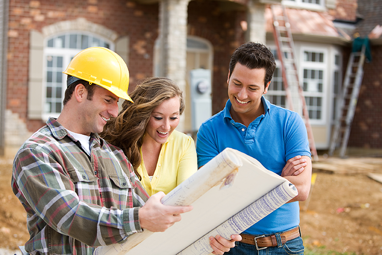 Home Building NAIHBR couple with contractor and plan